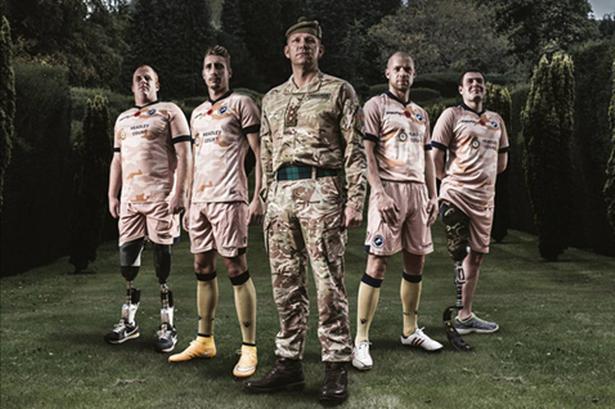 El Millwall FC, equipo de la Championship de Inglaterra, rendirá homenaje a los caídos de la Primera y Segunda Guerra Mundial con una camiseta conmemorativa y un encuentro a beneficio de un Centro de Rehabilitación.