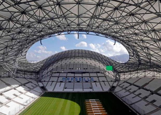 El nuevo estadio del marseille for Porte 7 stade velodrome