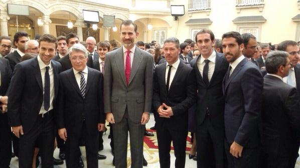 Los integrantes del Atlético de Madrid recibieron el Premio Nacional del Deporte