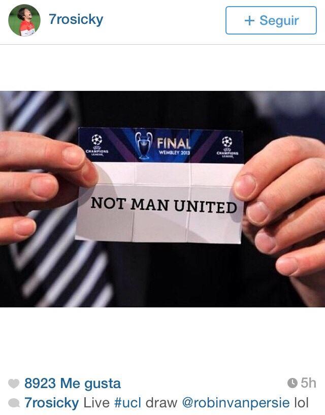 Rosicky se rie de la ausencia del United en Champions