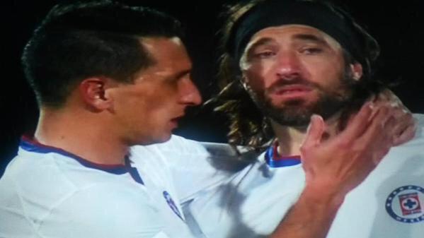 Mariano Pavone se despide de Cruz Azul entre lágrimas tras perder el tercer lugar en el Mundial de Clubes