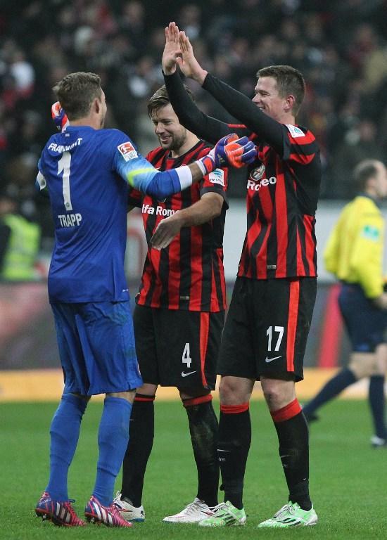 Kevin tuvo un gran desempeño en el triunfo del Eintracht Frankfurt sobre el Schalke 04.