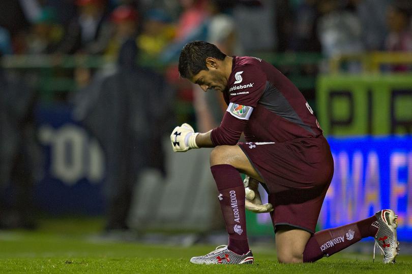 De nueva cuenta se pide la salida de Guillermo Álvarez de Cruz Azul.