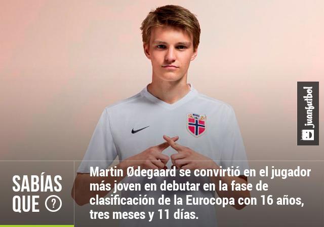 Ødegaard es el jugador más joven en debutar en la fase de clasificación de la Eurocopa con 16 años, tres meses y 11 días.