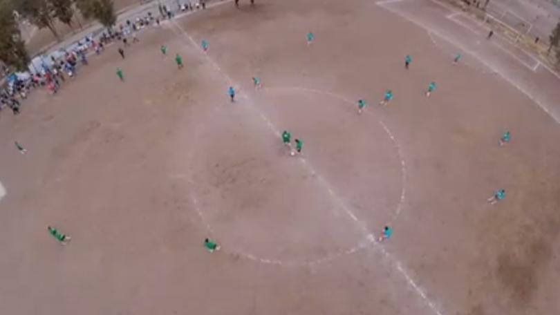 Azteca Deportes en los campos de Iztapalapa