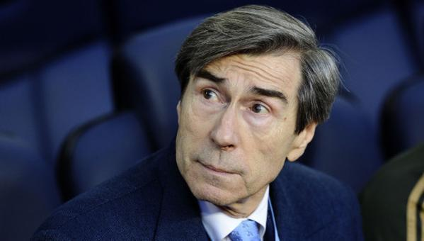 Braida envió la lista a Luis Enrique de los posibles fichajes para el Barcelona.