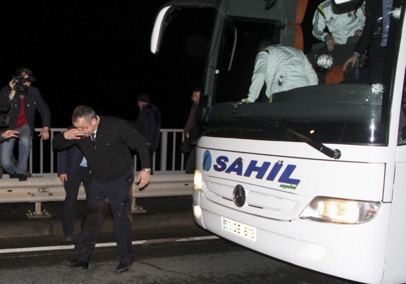 El atentado ocurrido al autobús del Fenerbahçe dejó una huella imborrable para Pierre Webó, delantero del equipo turco, quien relata con gran detalle lo sucedido el día de ayer.
