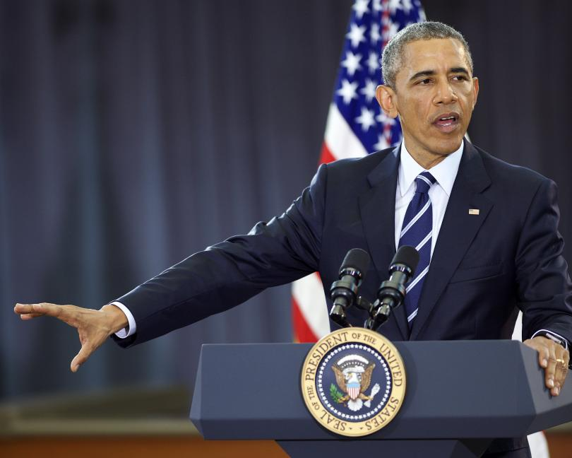 Obama llega a Twitter y muestra sus preferencias deportivas