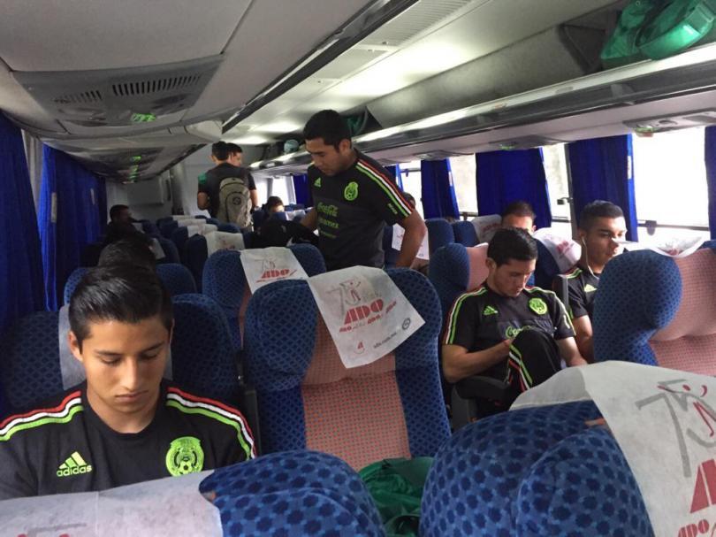 Jugadores de México Sub-22 antes de viajar a Francia para disputar el Torneo Esperanzas de Toulon