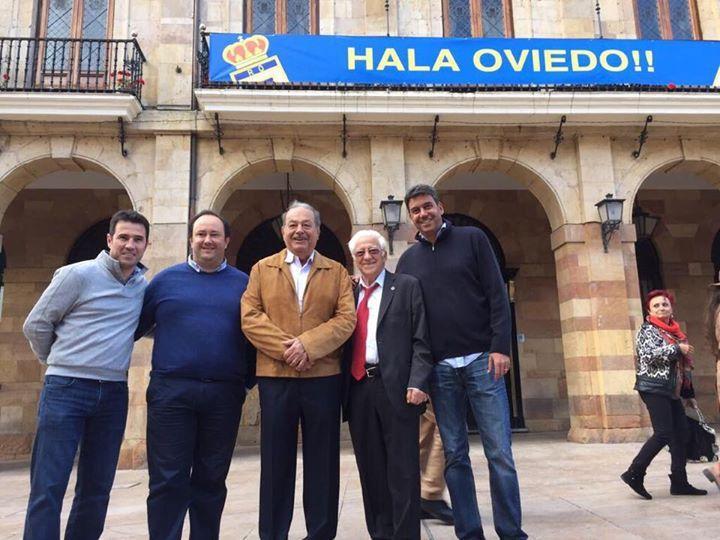 Slim visita España para apoyar el ascenso del Real Oviedo