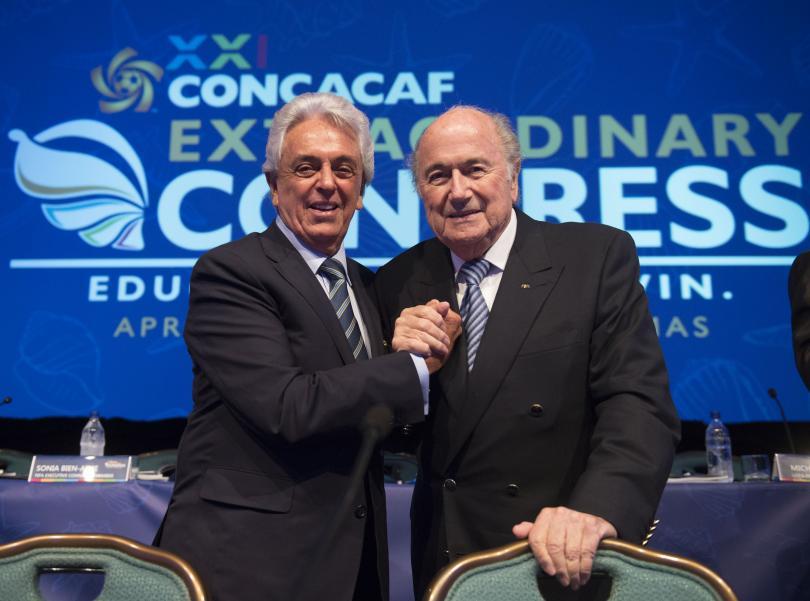 Joseph Blatter y Justino Compeán