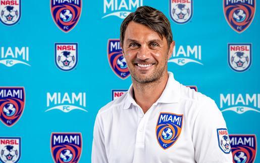 Paolo Maldini presente en la revelación del logo de Miami FC