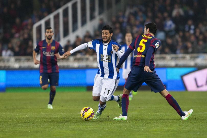 Carlos Vela, entre los candidatos para sustituir a Pedro en el Barça