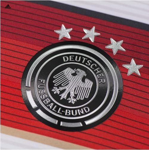 La camiseta de Alemania vale 1 billón de euros