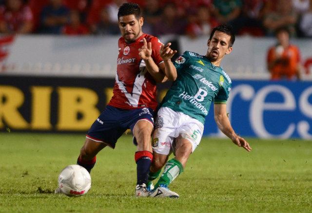 Daniel Villalva durante el juego entre Veracruz y León