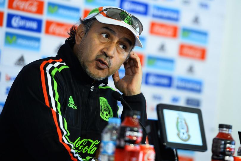 Raúl Gutiérrez en conferencia de prensa
