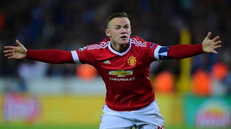 Una lesión dejaría a Rooney fuera de la Eurocopa en Francia. El delantero del Manchester United se ha mantenido alejado de las canchas por dolencias en la rodilla más de un mes, situación que podría relegarlo de la lista final para la Euro.