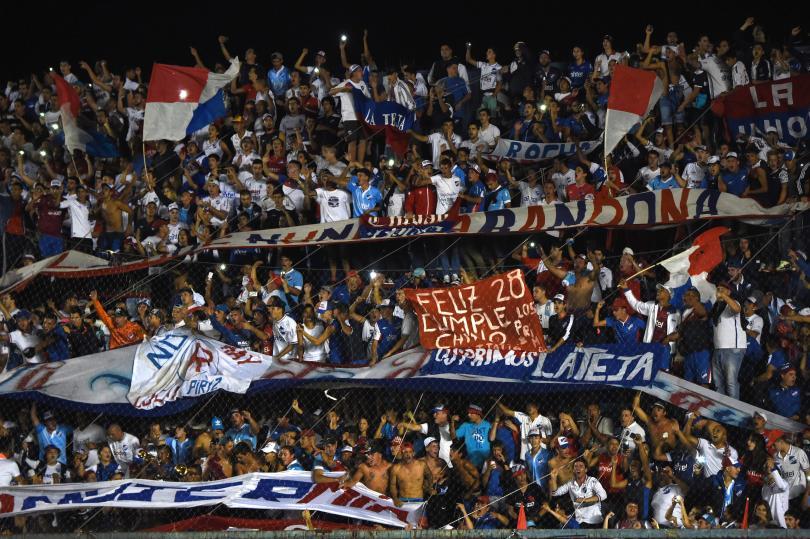 Aficionados de Nacional en el juego de la Copa Libertadores