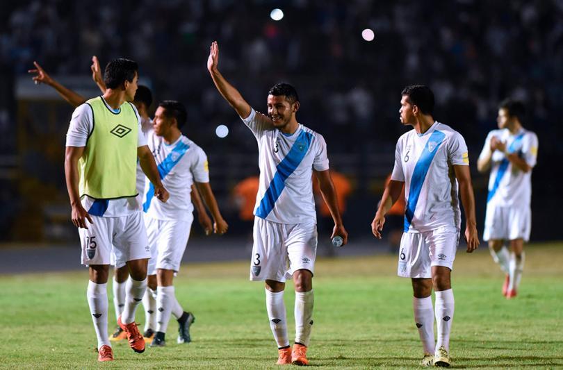 Guatemala exige disculpas de David Faitelson por comentarios que menosprecian a la selección.