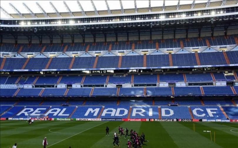Campo del Real Madrid modificado para el juego ante el Wolfsburg.