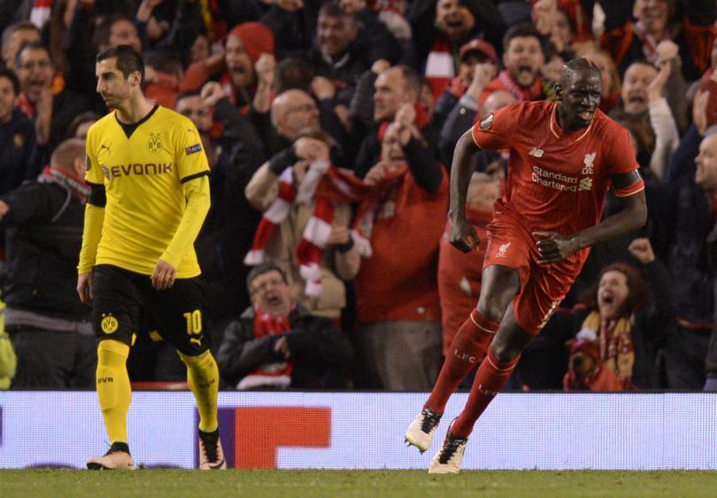 Liverpool aparta a Mamadou Sakho por dar positivo en un control antidopaje