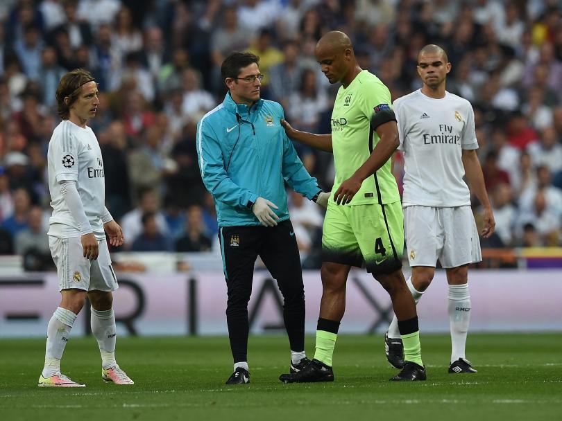 Vincent Kompany, defensa del Manchester City y de la Selección de Bélgica, publicó en su perfil oficial de Facebook que no participará en la Eurocopa por la lesión sufrida en el partido frente al Real Madrid.