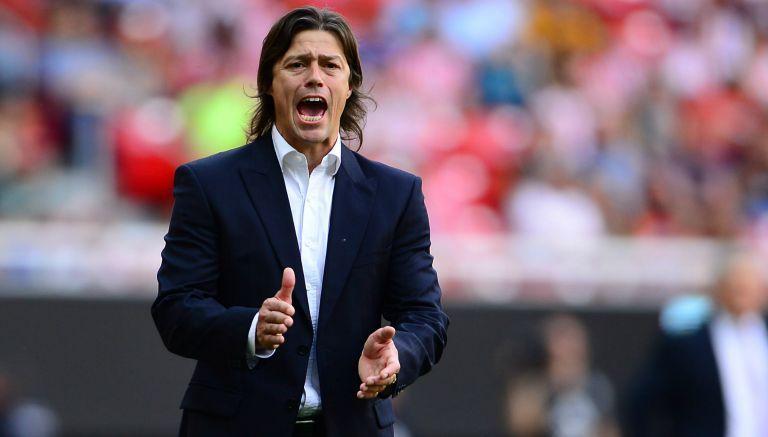 Matías Almeyda podría ser el reemplazo del Pelado como DT de Paraguay.