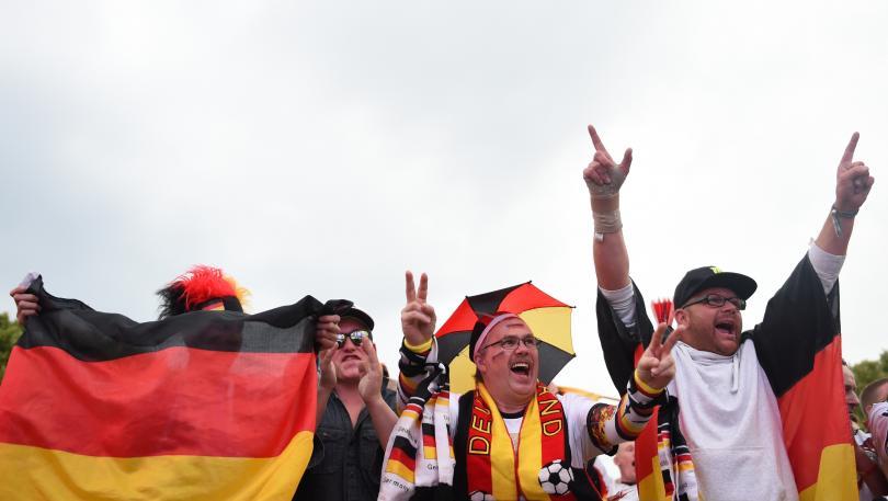 Policía alemana impidió a hooligans viajar hacia Francia