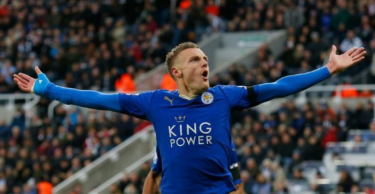 Jaime Vardy renovó contrato con el Leicester City