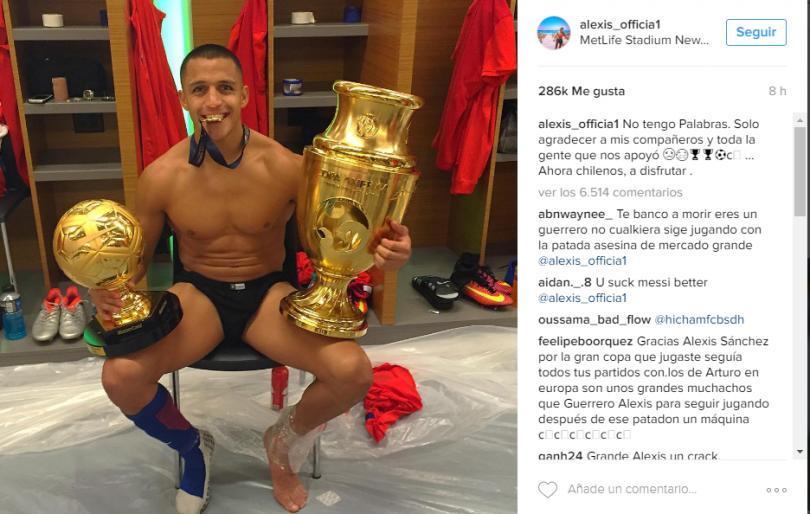 Alexis Sánchez festeja campeonato a los Cristiano Ronaldo.