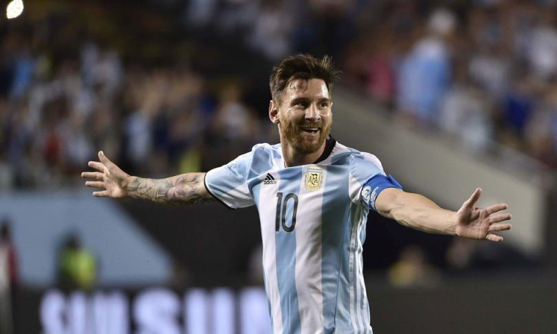 Profesora argentina, dedica unas emotivas palabras a Lionel Messi.