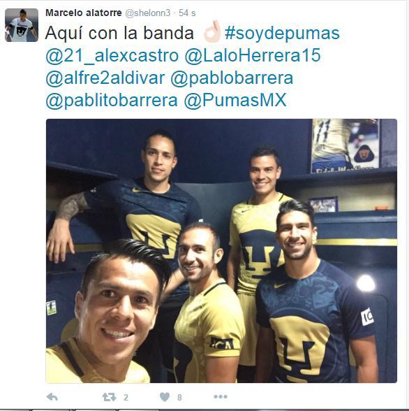 Marcelo Alatorre presume foto con el nuevo uniforme de Pumas.