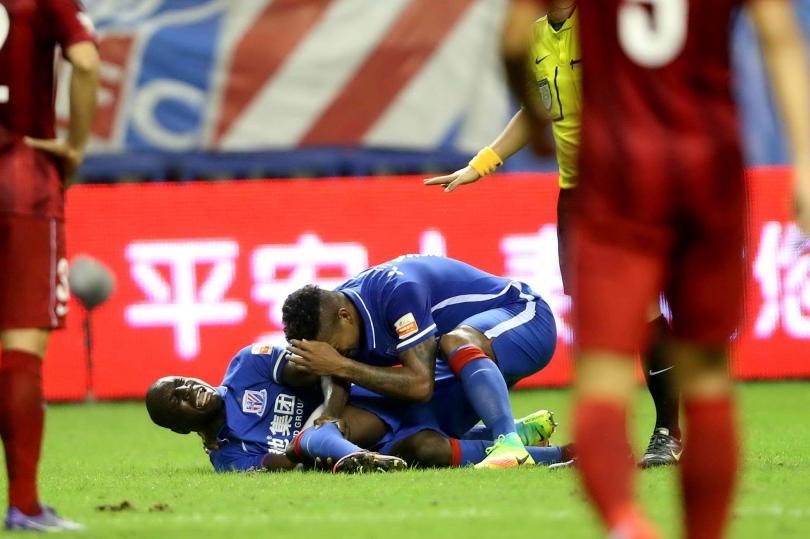"""""""¿Hemos ganado?"""", preguntó Demba Ba luego de su cirugía"""