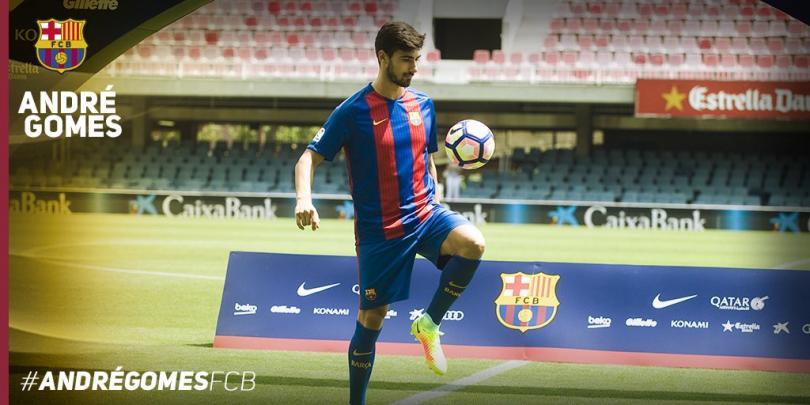 André Gomes firma con el Barcelona.