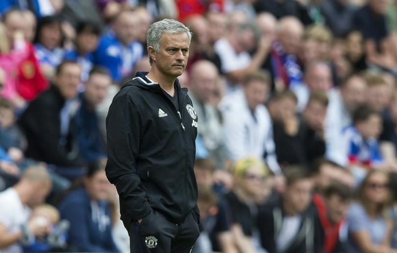 Mourinho decide que nueve jugadores de la plantilla no seguirán.