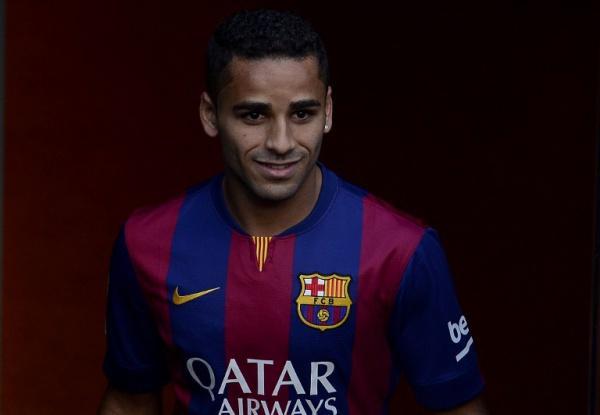 El Barcelona dará a Douglas a cambio de un basquetbolista