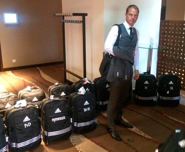 Frank de Boer llegó a Milan