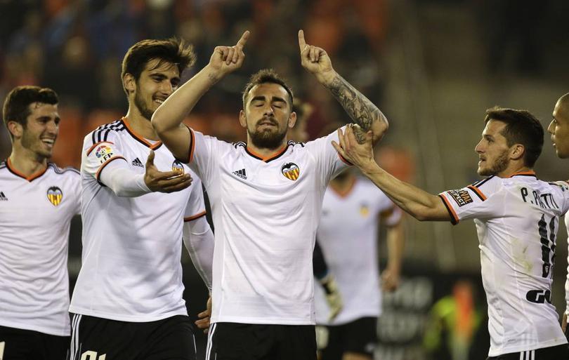 Robert Fernández, secretario técnico del Barcelona, habló sobre la posibilidad de que Paco Alcácer se una al equipo catalán.