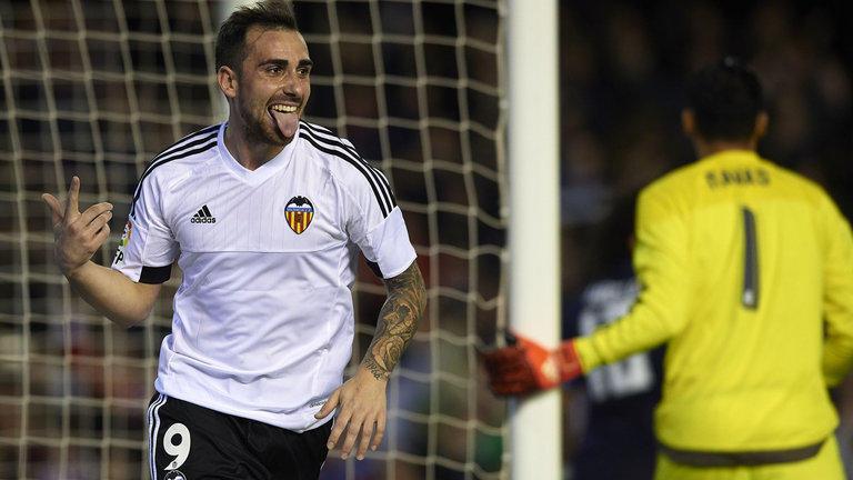 Luego de todos los rumores que sitúan a Paco Alcácer en el Barcelona, a pesar de la primera negativa del Valencia, el fichaje podría darse en los próximos días.