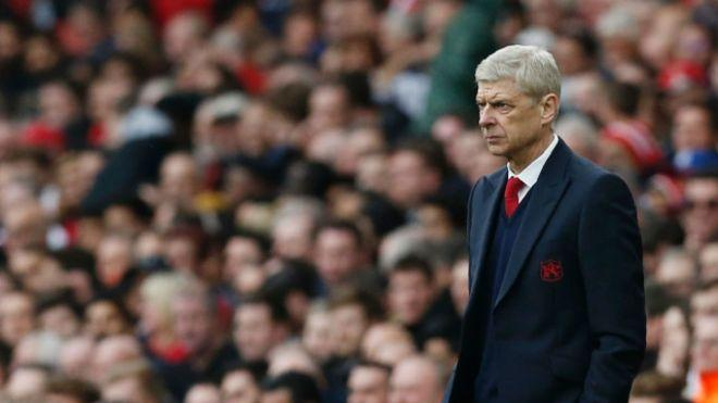 Arsène Wenger confirmó a los nuevos fichajes del Arsenal para esta temporada. Skhodran Mustafi del Valencia y Lucas Pérez del Deportivo La Coruñan, jugarán con los gunners.