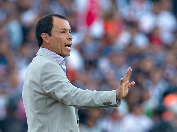 Profe Cruz fue invitado a dirigir el Oviedo.