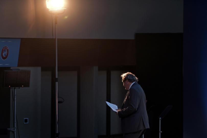 Michel Platini se despide de la UEFA