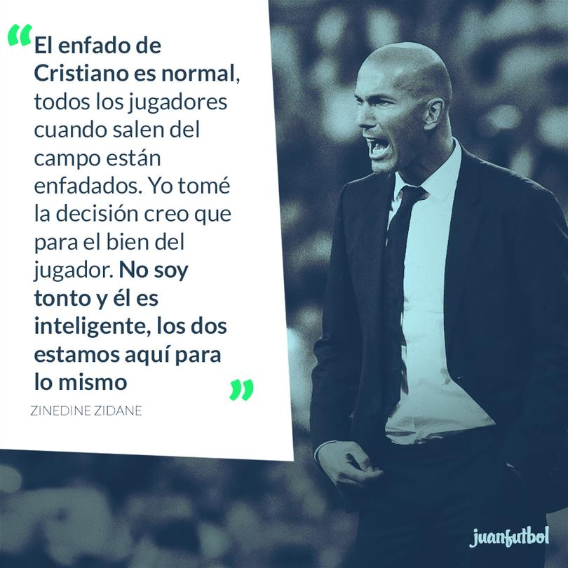 Zinedine Zidane habla sobre el cambio de Cristiano