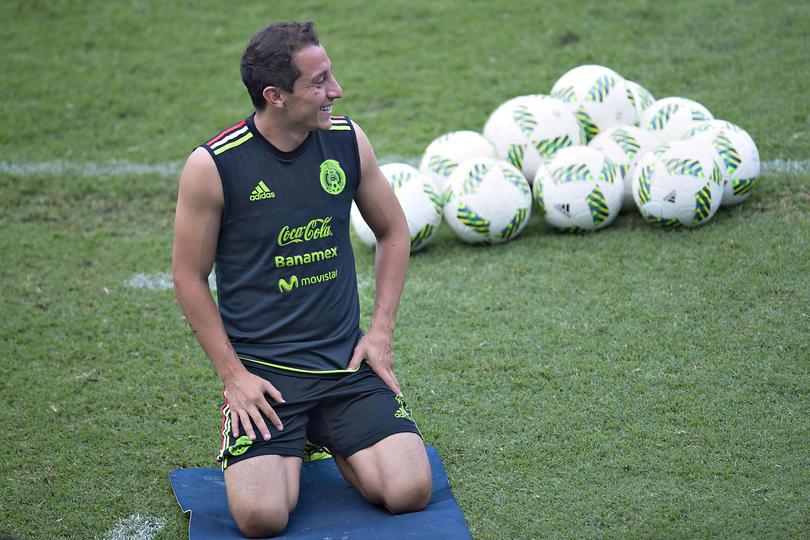 Gerardo Martino comparó al mediocampista  del Tri y del PSV, Andrés Guardado, con Andrea Pirlo y Frank Lampard.
