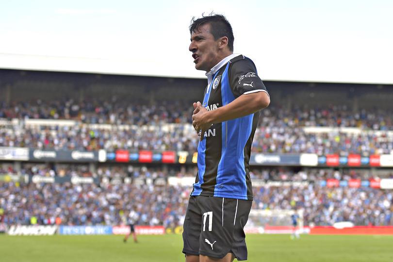 Edgar Benítez sufrió una parálisis facial