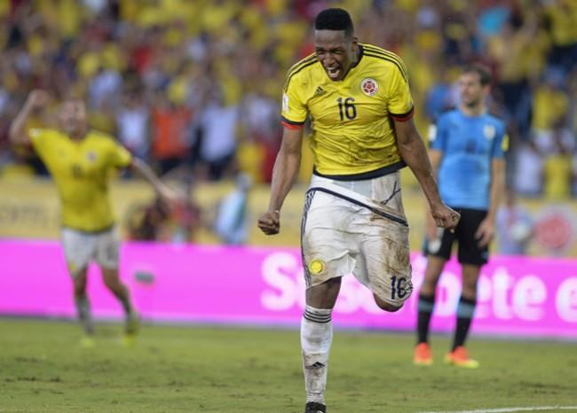 El Barcelona tendría amarrado a un defensor central colombiano, o al menos eso es lo que dice el representante del futbolista, Yerry Mina.