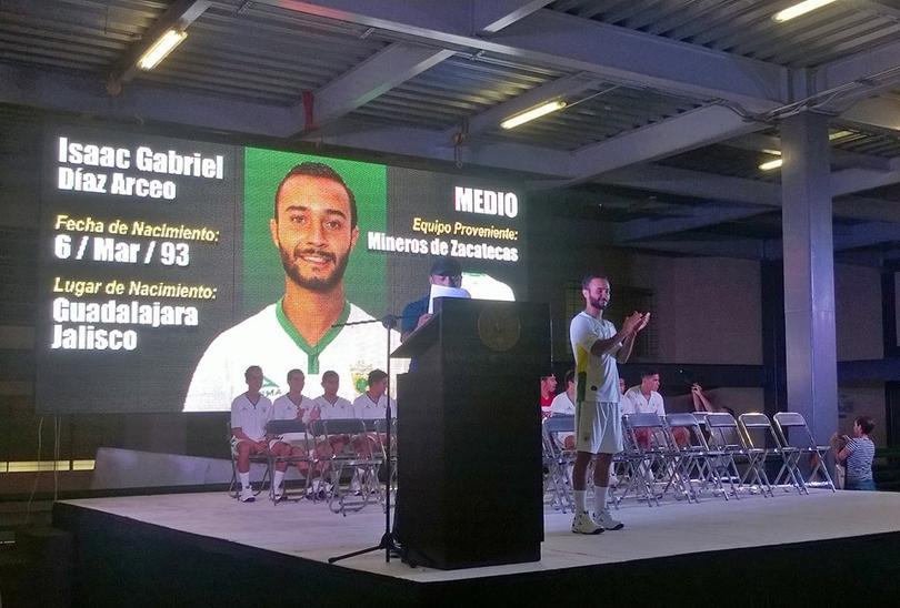 Isaac 'Pájaro' Díaz, jugador de los Loros de Colima habría jugado este fin de semana contra Dorados enfermo de Zika.