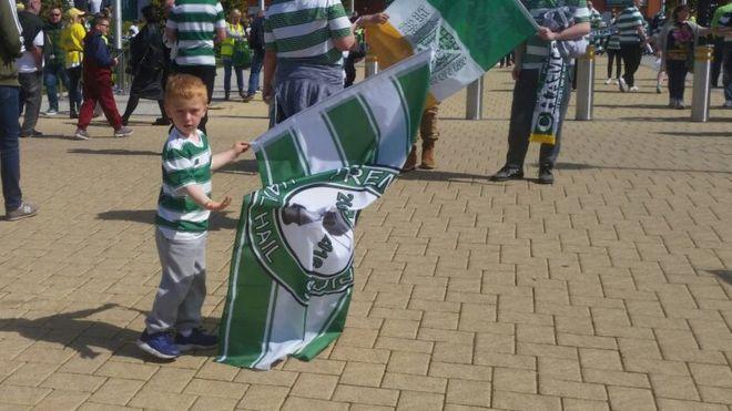 Un fan de Celtic de cinco años pidió perdón por no ir al estadio