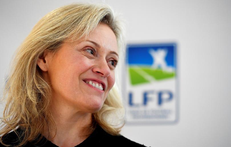 Nathalie Boy De La Tourentró en el mundo del deporte cuando organizó un salón del futbol en París.