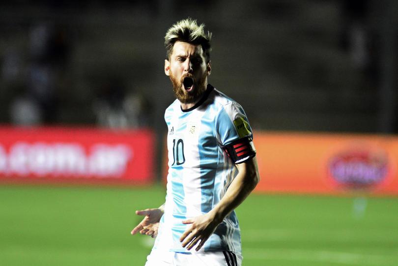 De la mano de Messi, Argentina consigue una victoria que les da un respiro en el eliminatoria